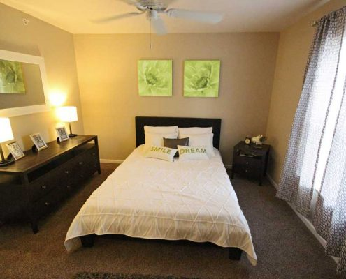 Arborwood Apartments Bedroom