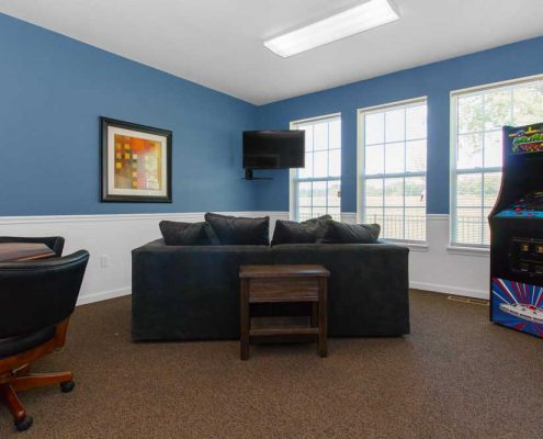 Beacon Pointe Apartments Community Game Room
