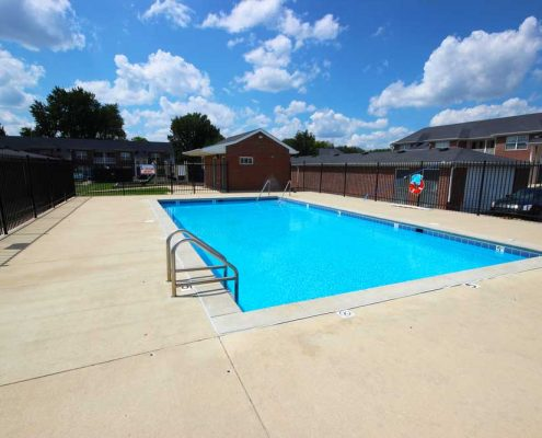 Canterbury House Apartments – Franklin Road Community Pool