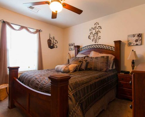 Canterbury House Apartments – Lebanon Apartment Bedroom