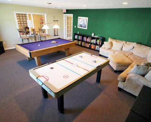 Lynhurst Park Apartments Game Room