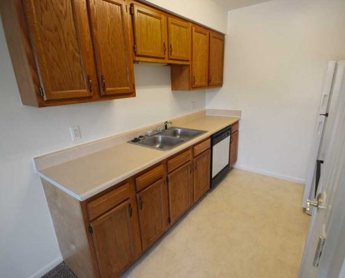 Pine Glen Apartments Kitchen